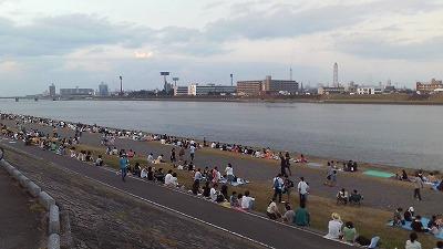 大分川の河原